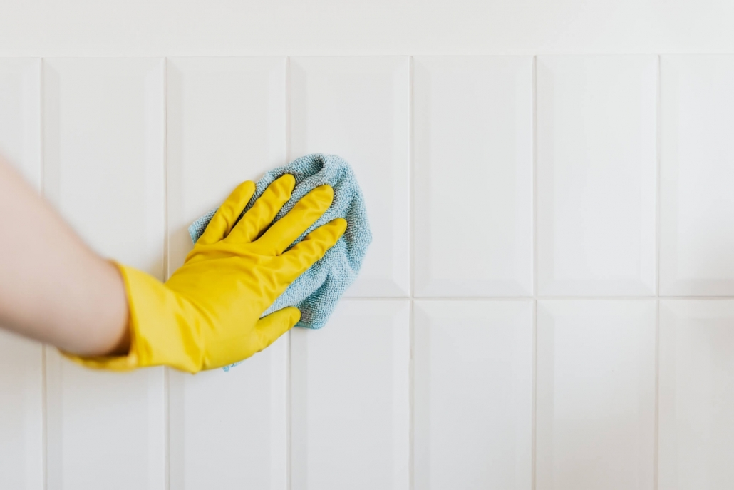 Cloth cleaning tiles